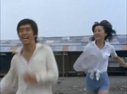 Gen and Momoko run to the beach