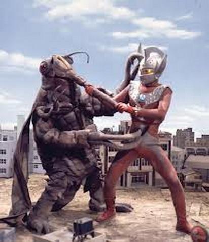 File:King Zemira v Ultraman Taro.png