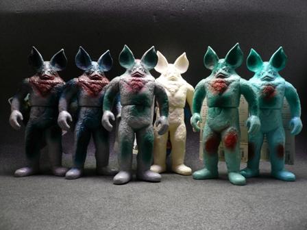 File:Alien Icarus toys.jpg