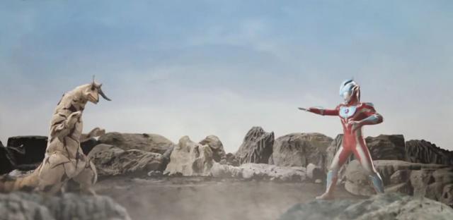 File:Eleking v Ultraman Ginga.png