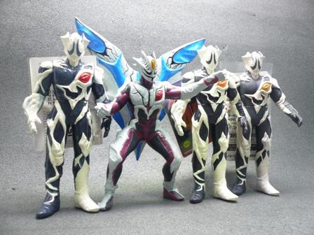 File:Kyrieloid toys.jpg