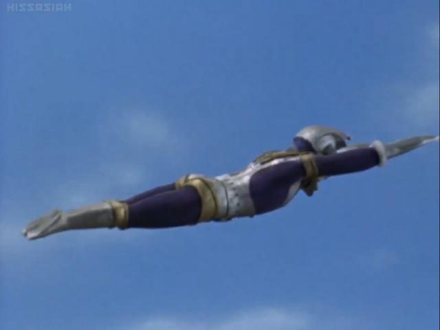 File:Ultraman King flying.png