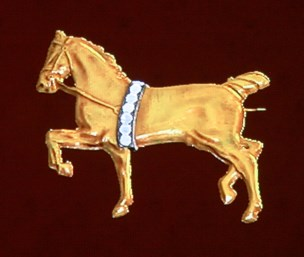 File:Diamond-Studded Horse Brooch.jpg