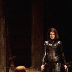 Selene just after killing Viktor.