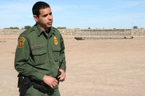 31-border-officer-full