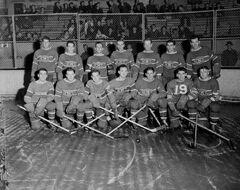 Montreal Canadiens hockey team, October 1942