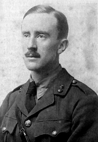 File:Tolkien 1916.jpg
