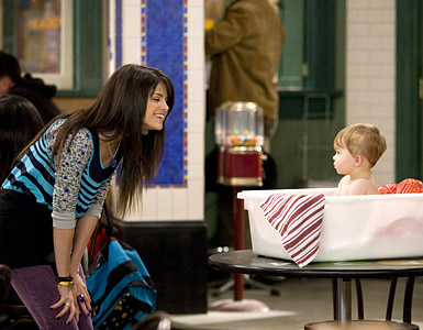 File:Wizards-waverly-place69.jpg