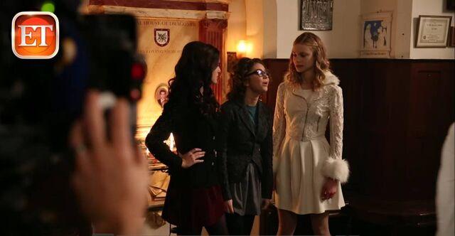 File:Rose, Natalie and Lissa dressed up.jpg