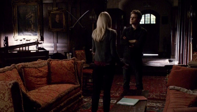 File:Caroline and Stefan in 5x14...png