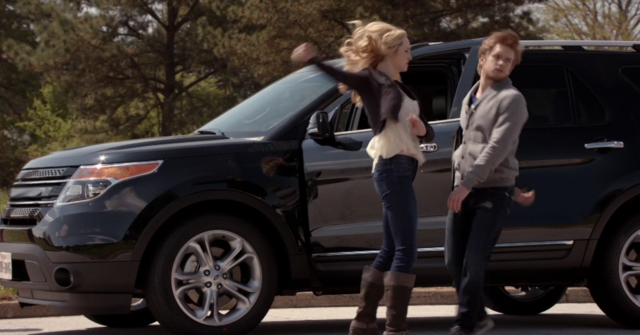 File:Caroline kills Luke 5x22.png