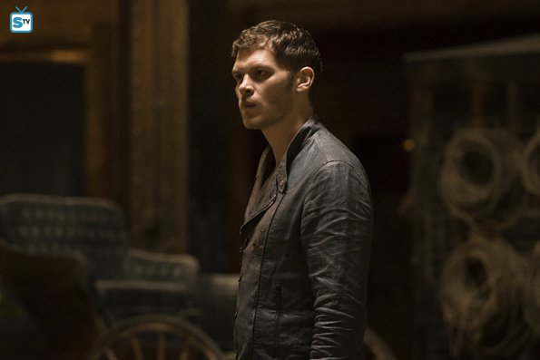 File:The Originals - Episode 2 22 - Ashes to Ashes - Promotional Photo(f).jpg