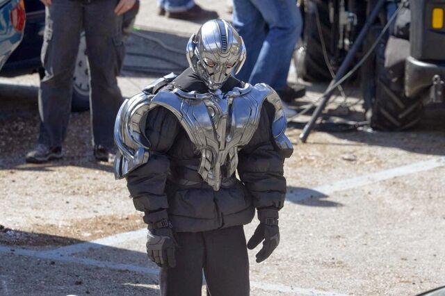 File:Avenger 2 Set Photos (23).jpg