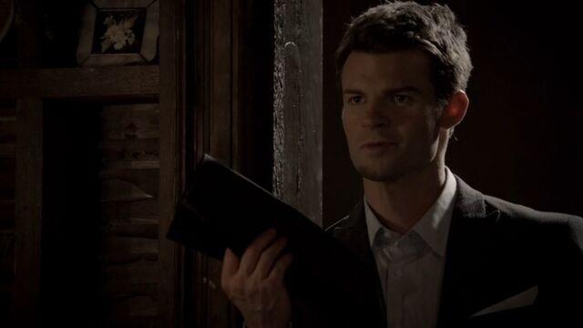 File:Elijah 5 TO 1x06.jpg