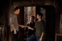 John gives the letter to Jeremy as Alaric watches