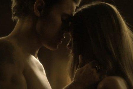 File:Stefan-elena-sex-scene.jpg