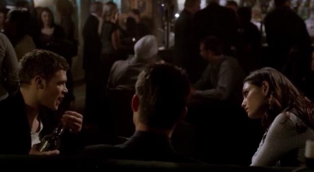 File:Klaus-Elijah and Hayley 1x20.png