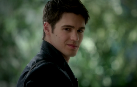 File:Tvd-recap-our-town-57.png