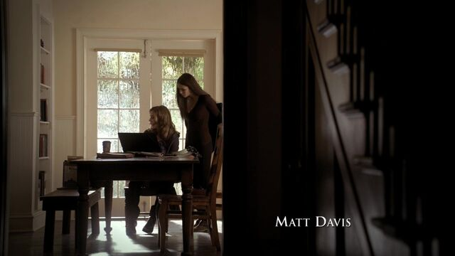 File:TVD1x15-Gilbert House 4.jpg