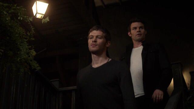 File:The Originals S01E10 720p KISSTHEMGOODBYE NET 0862.jpg