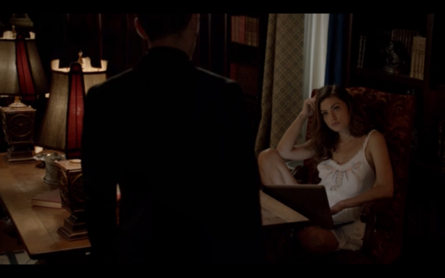 File:1x03-Klaus tell Hayley Elijah is returning 2.png