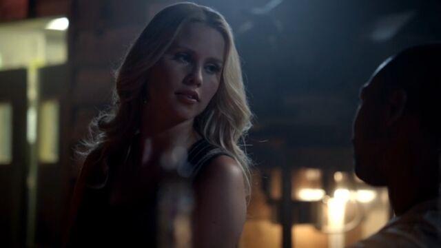 File:Rebekah 5 TO 1x05.jpg