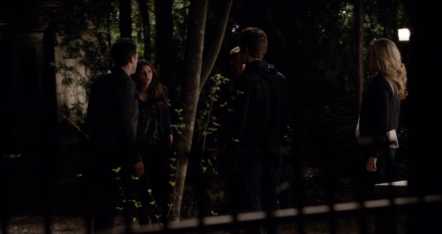 File:Ty-Ele-Stefan-Care 5x22.png