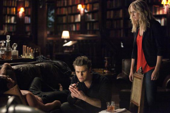 File:Stefan-and-caroline 564x376.jpg