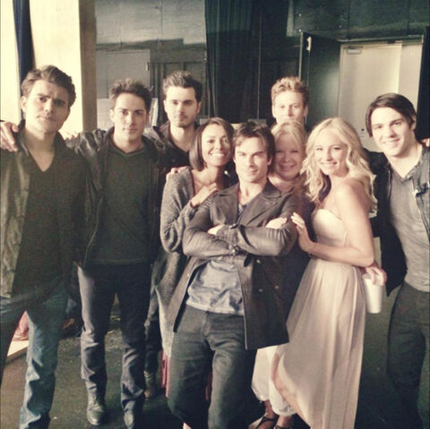 File:Tvd-season-6-shoot-07.jpg