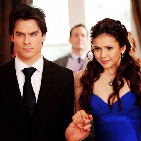 File:Damon-and-Elena-55dancing-in-the-episode-1x19-Miss-Mystic-Falls-all-the-vampire-diaries-couples-21250315-500-500.jpg