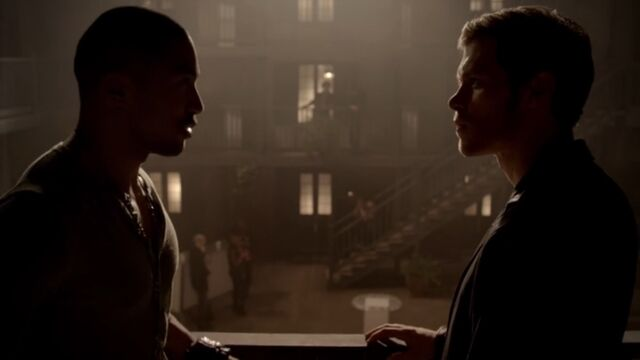 File:Klaus and Marcel 4 TO 1x03.jpg