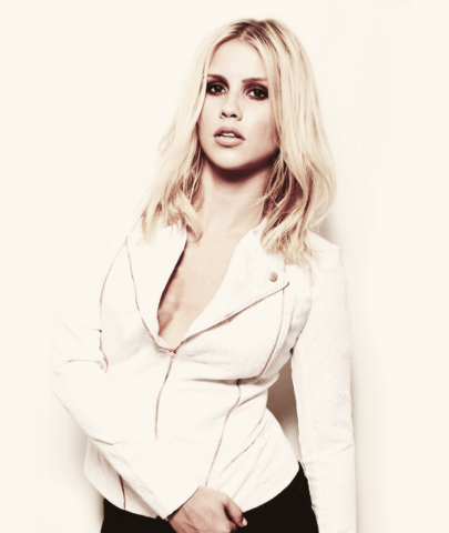 File:Claireholt12.png
