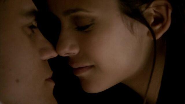 File:The Vampire Diaries S02E06 0261.jpg