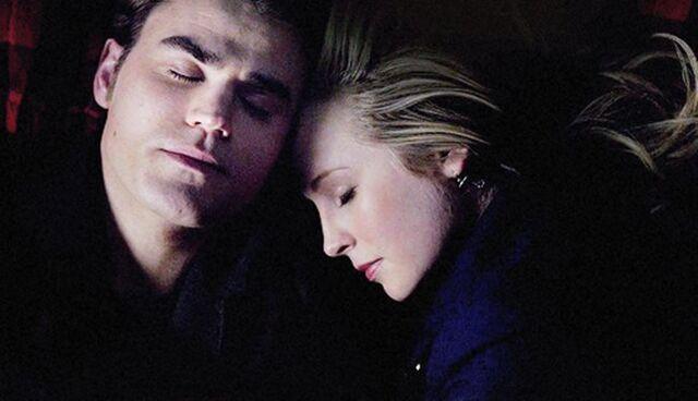 File:Stefan and Caroline 4x17.jpg