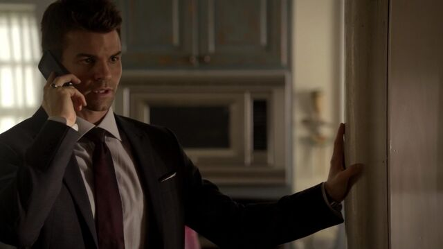 File:Normal TheOriginals210-0757Elijah.jpeg