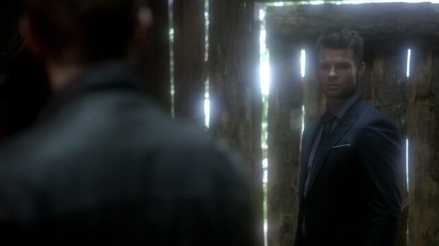 File:Normal TheOriginals211-0685Elijah-Klaus.jpeg