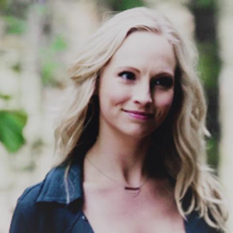 File:Caroline in episode 100.png