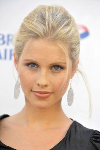 File:Claire-holt large.jpg