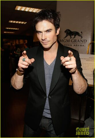 File:Ian-somerhalder-i-heart-radio-music-festival-with-vampires-04.jpg