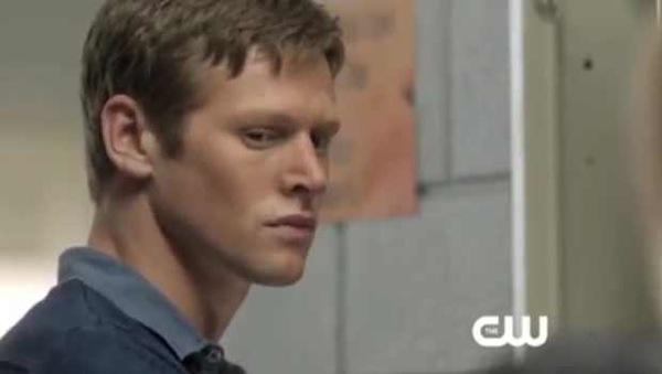 File:The-Vampire-Diaries-Season-4-Episode-3-Sneak-Peek-The-Rager.jpg