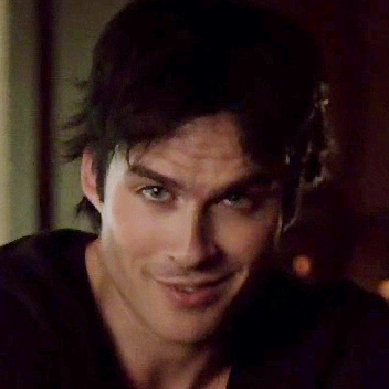 File:Damon-smiles-715-1.jpg