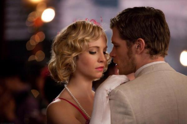 File:Klaus-Caroline-3x20-the-mikealson-family-30605571-600-399.jpg