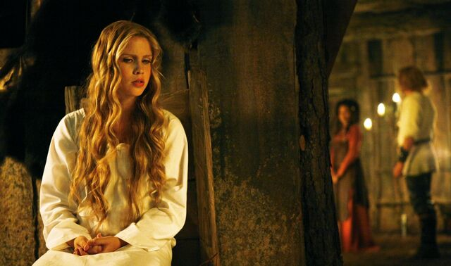 File:Rebekah in flashback.jpg