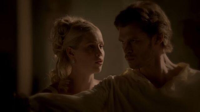 File:Klaus and Rebekah 4 TO 1x02.jpg