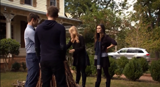 File:Elijah-Klaus-Rebekah-Hayley 2x09.png