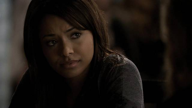 File:The-vampire-diaries-2x14-crying-wolf-bonnie-bennett-cap mid.jpg