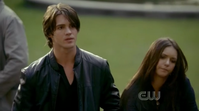 File:Elena and jeremy 1 the return 1.png