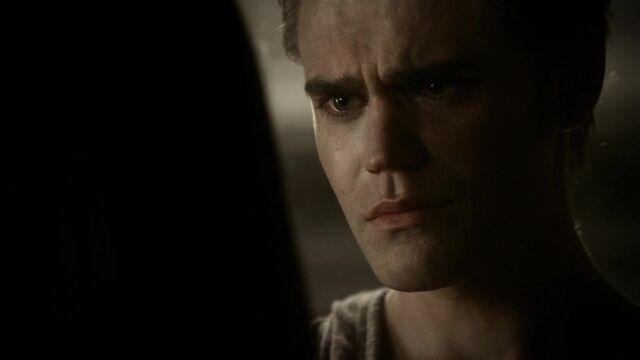 File:The Vampire Diaries S02E06 2871.jpg