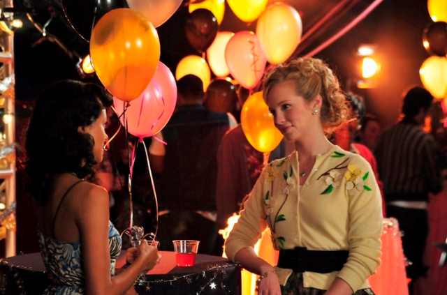 File:Bonnie and Caroline 1x12 still.png