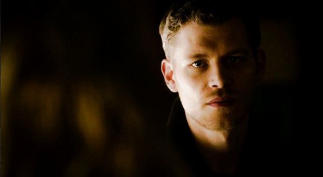 File:Klaus looking Caroline 4x14.png